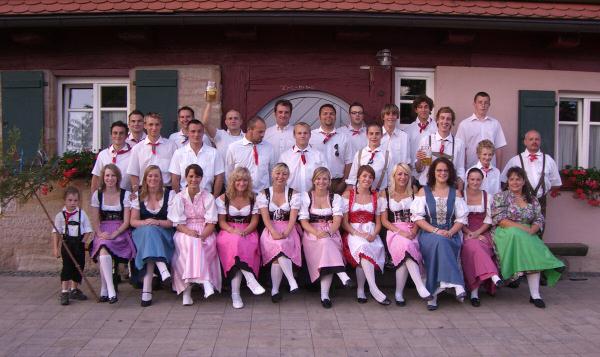 Rückersdorfer Kärwaboum und -madla 2007