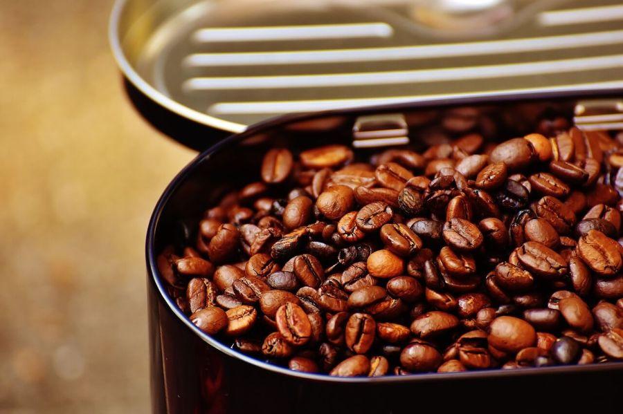 kaffeemaschine mit mahlwerk kaffeebohnen