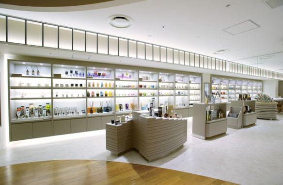 Isetan's fragrance floor. Source: globalblue.com