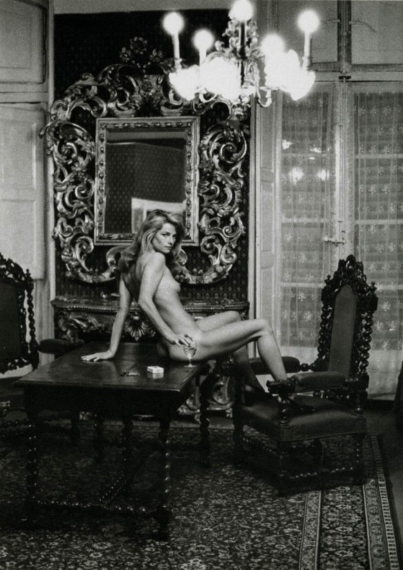 Charlotte Rampling by Helmut Newton. Source: w12.fr