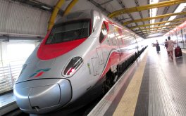 The Frecciargento at the Rome airport train station. Photo: my own.