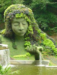 Earth Goddess at the Atlanta Botanical Garden. Source: Pinterest & vk.com