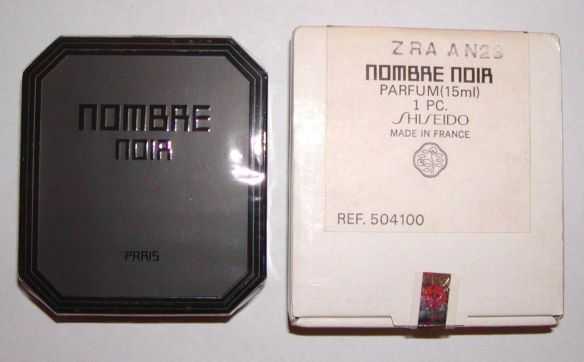 "Nombre Noir in Extrait form. Photo: eBay seller, ""abu_arena."""