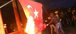 «Թուրքիայի հասարակությունը խստագույնս դատապարտում է այդ նողկալի արարքը»․Թուրքիան խիստ դատապարտել է իր երկրի դրոշը այրողներին