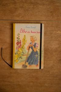 Notitieboek van Elke en haar tuin | gemaakt door Kaftwerk