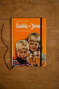 Notitieboek van Saskia en Jeroen, bokkesprongen | gemaakt door Kaftwerk.com