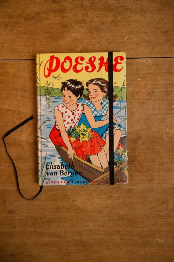 Notitieboek van het boek POESKE | gemaakt door Kaftwerk.com
