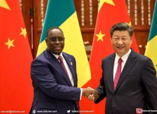 Le président sénégalais Macky Sall rencontre son homologue chinois Xi Jinping