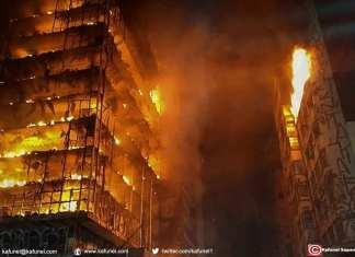 Photographie fournie par le service des pompiers de Sao Paulo le 1er mai 2018 montrant une tour de la ville en proie aux flammes. - © Handout
