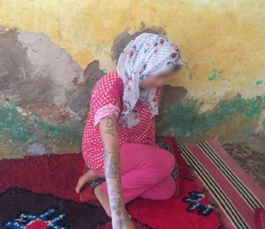 Photo prise le 21 août 2018 de l'adolescente marocaine Khadija Okkarou, dont le visage est flouté, dans le village de Oulad Ayad, dans la région de Beni Mellal | AFP/Archives | STRINGER