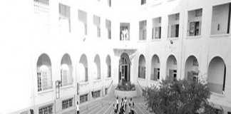 Interdiction du port du voile appliquée à l'école Jeanne d'Arc