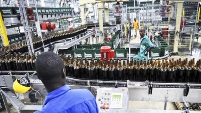 Une usine des Brasseries ivoiriennes du groupe Castel, à Abidjan, en mars 2013. © Olivier pour JA