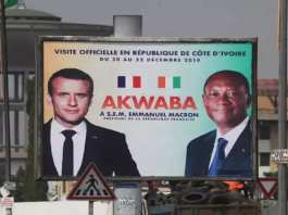 Affiche d'annonce de la visite d'Emmanuel Macron en Côte d'Ivoire, du 20 au 22 janvier 2019.