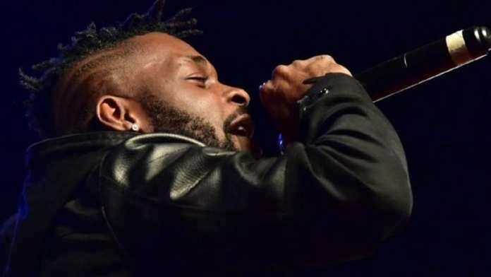 DJ Arafat (de son vrai nom Ange Didier Huon), chanteur ivoirien, 33 ans