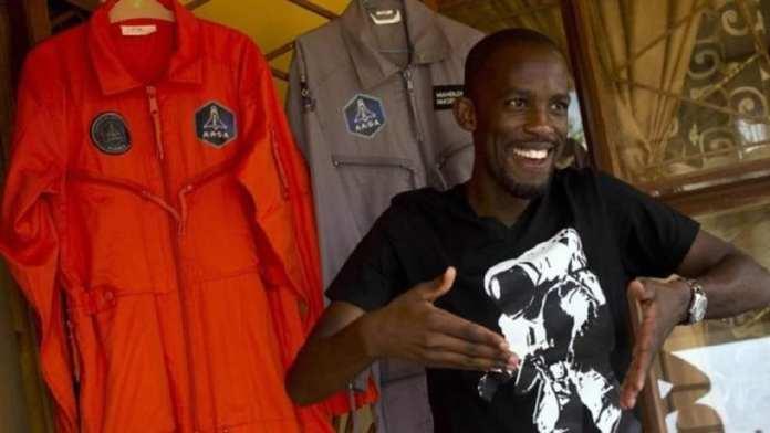 Mandla Maseko , future astronaute d'Afrique du Sud, 30 ans
