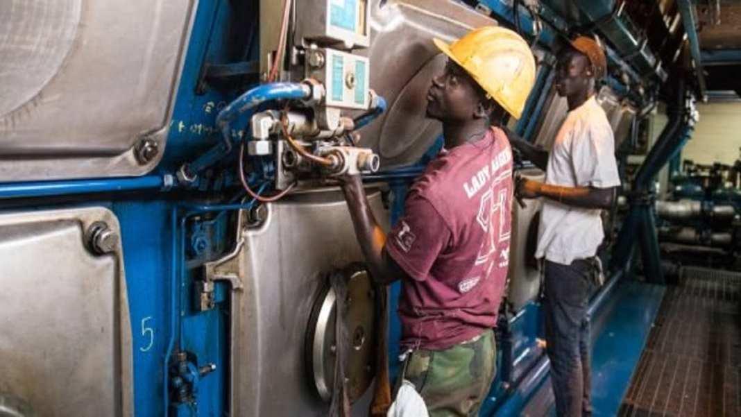 électricité - SENELEC (Société Nationale d'Electricité du Sénégal), Dakar le 11 février 2015 © Youri Lenquette pour JA