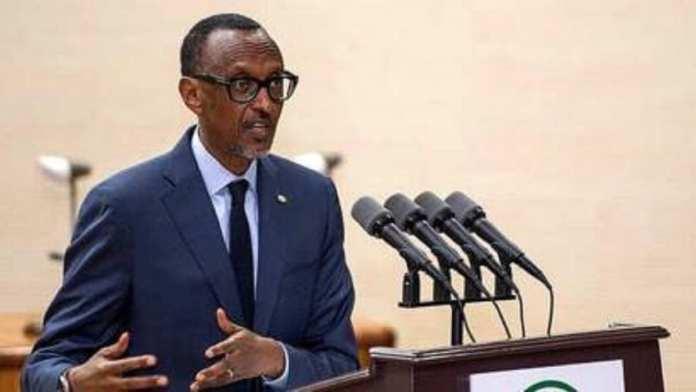 Paul Kagame yarakariye abayobozi bategera a …