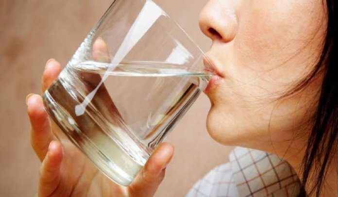 Boire suffisamment d'eau par jour pour faire le plein d'énergie 11-12