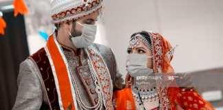 le-marie-est-mort-2-jours-apres-la-ceremonie-une-centaine-de-cas-de-coronavirus-apres-un-mariage-suivi-dun-enterrement