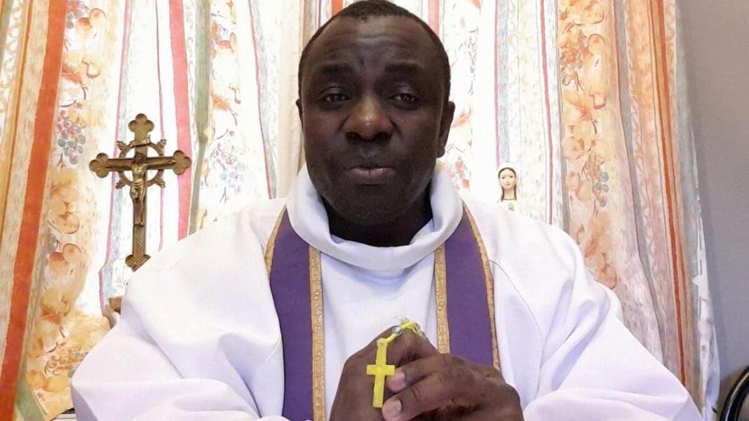 Prêtre Père Marius Hervé Djadji