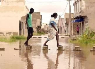 Macky Sall annonce 10 milliards de francs CFA d'aide après les inondations