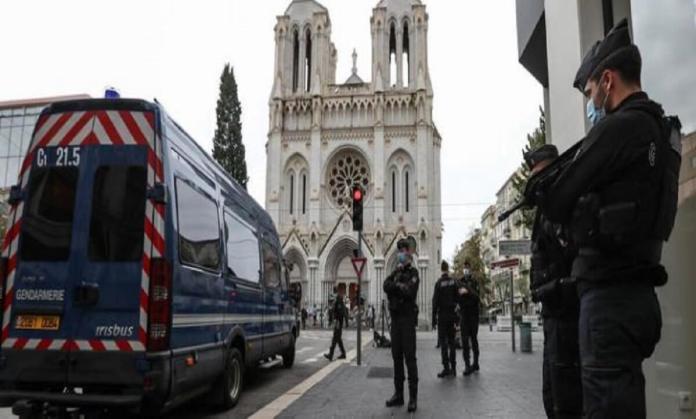 La faiblesse de ceux qui attaquent la France