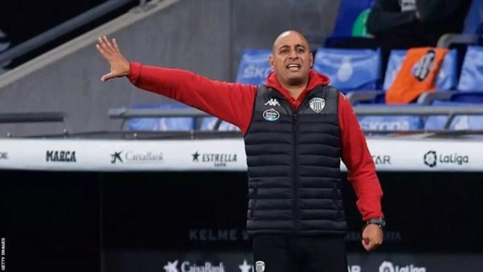 L'ancien international tunisien Mehdi Nafti est actuellement l'entraîneur du club espagnol de deuxième division Lugo.