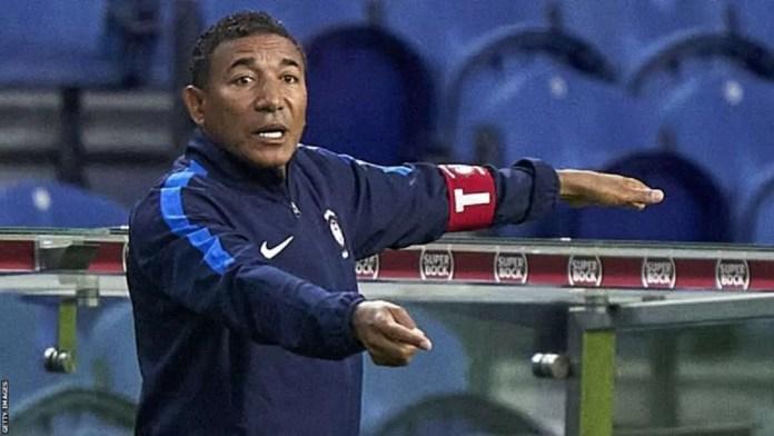 L'entraîneur angolais Lito Vidigal a entraîné plusieurs clubs au Portugal et est actuellement en poste à Maritimo.