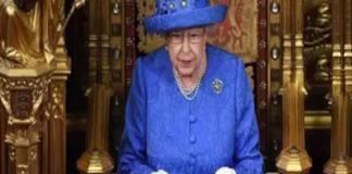 Des agissements secrets d'Elizabeth II refont surface