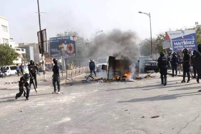 démocratie sénégalaise en danger Kafunel.com Arrestations tous azimuts, Menaces sur les libertés et l'accès à l'information