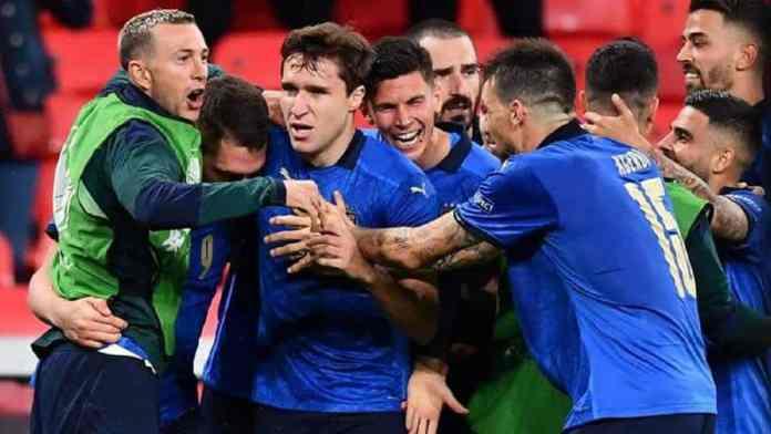 Italie-Autriche (2-1) - Et au final, la Nazionale !