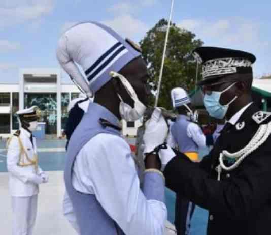 Cérémonie de remise d'épaulettes aux 63 sous lieutenants de la 39e promotion de l'ENOA1