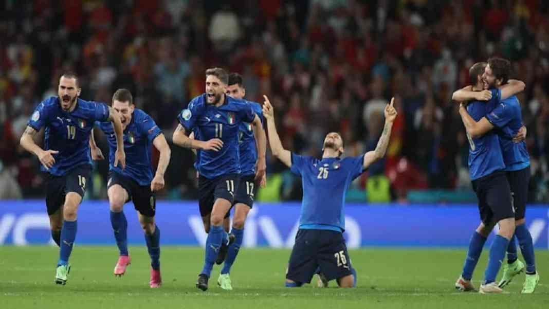 Euro www.kafunel.com l'Italie se qualifie pour la finale au bout de la nuit !