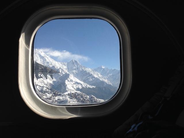 エベレストを見る遊覧飛行