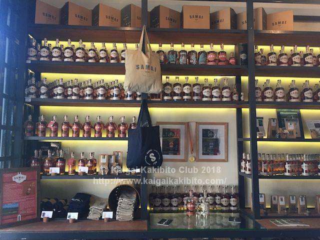 カンボジア産ラム酒蒸留所のショップ