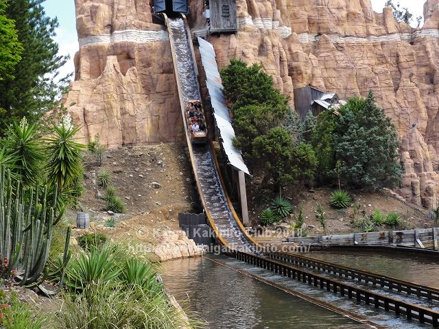 Wild West Falls Adventure Ride