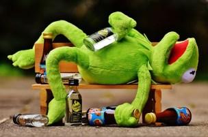 カエルの人形