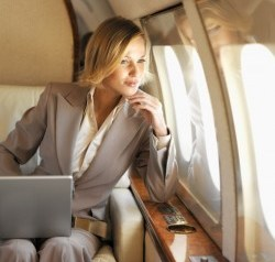 Melakukan perjalanan bisnis dengan nyaman