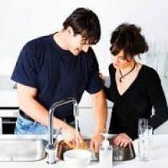 Agar Pasangan Siap Membantu Anda di Rumah