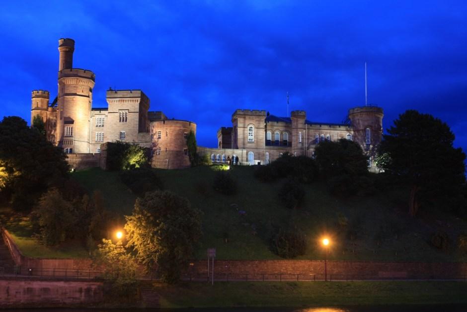 Inverness Castle bei Nacht