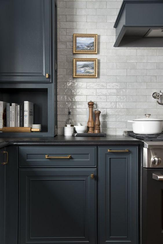 home decor trends 2020 - black countertops