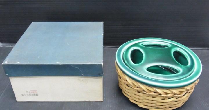 陶器製 青七宝切立灰皿 共箱 中古品