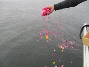 東京湾代行海洋散骨