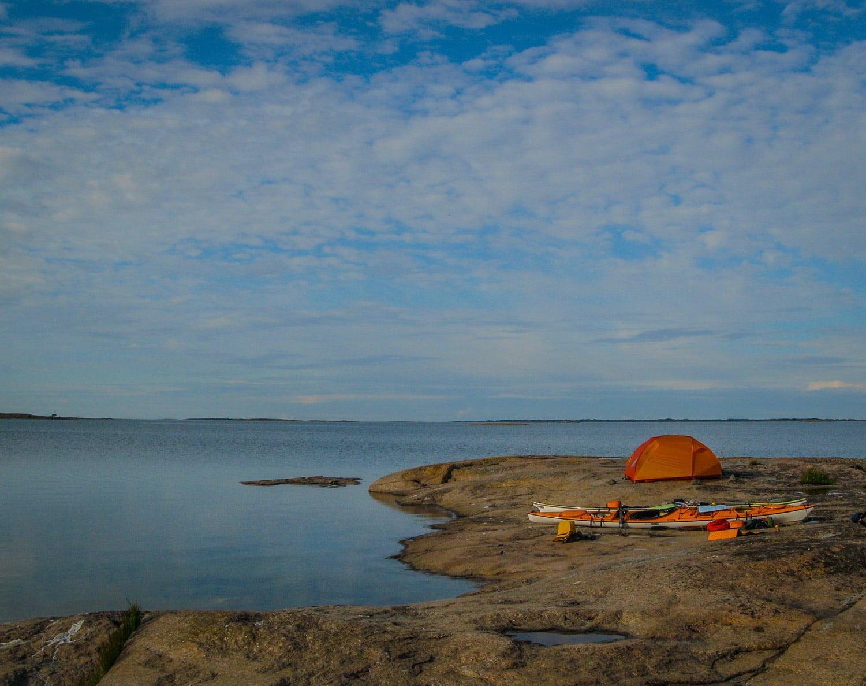 Åland med släta hällar och finfin skärgård