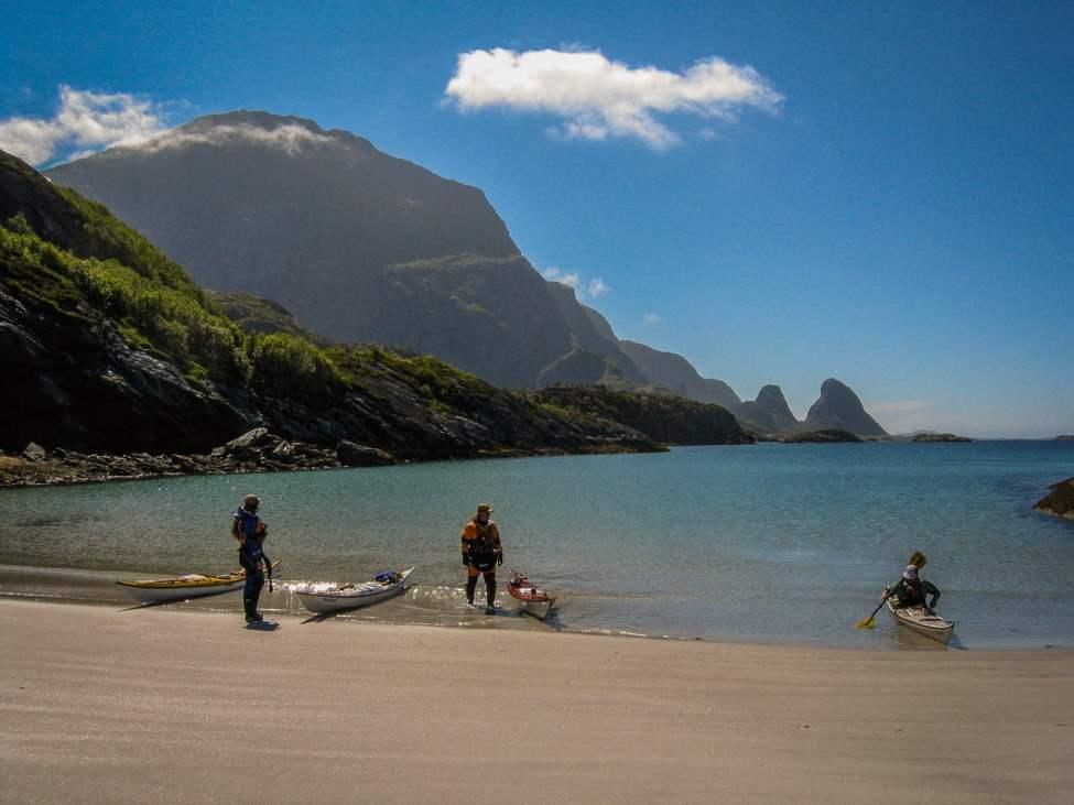 Finfin strand på Tomma. Helgelandskusten i Norge