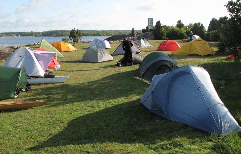 Många olika sorters tält