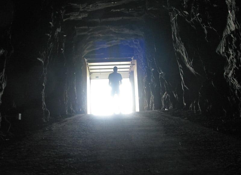 Slutet på tunneln på Træna / Sanna.