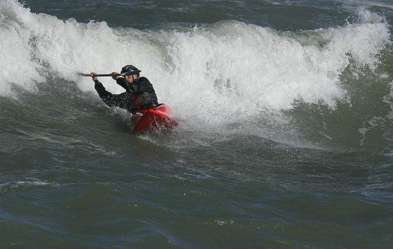 Jesper från Malmö i Valley surfkajak