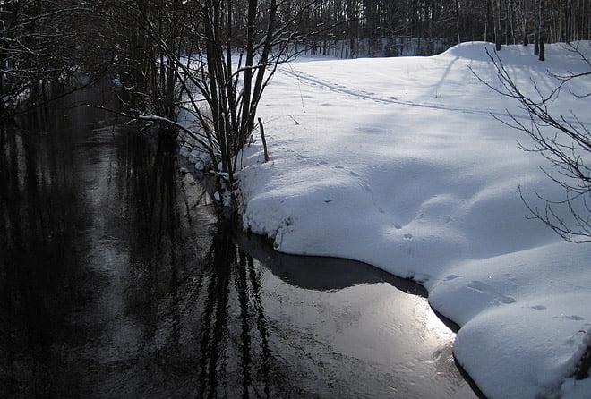 Snart massor av vatten i ån