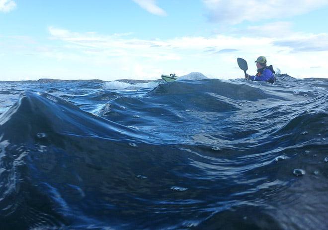 Kul paddling i vågor